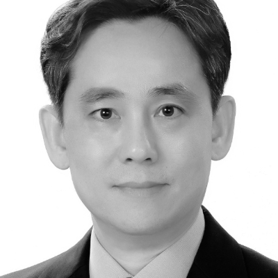 A speaker photo for Byung Kyu Cheon