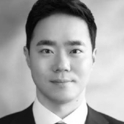 A speaker photo for Brian Kwon
