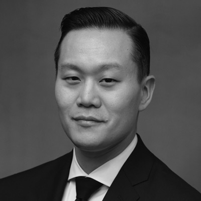 Michael Hong, Davis Polk